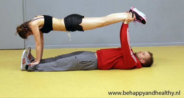 Couples workout: buikspieren